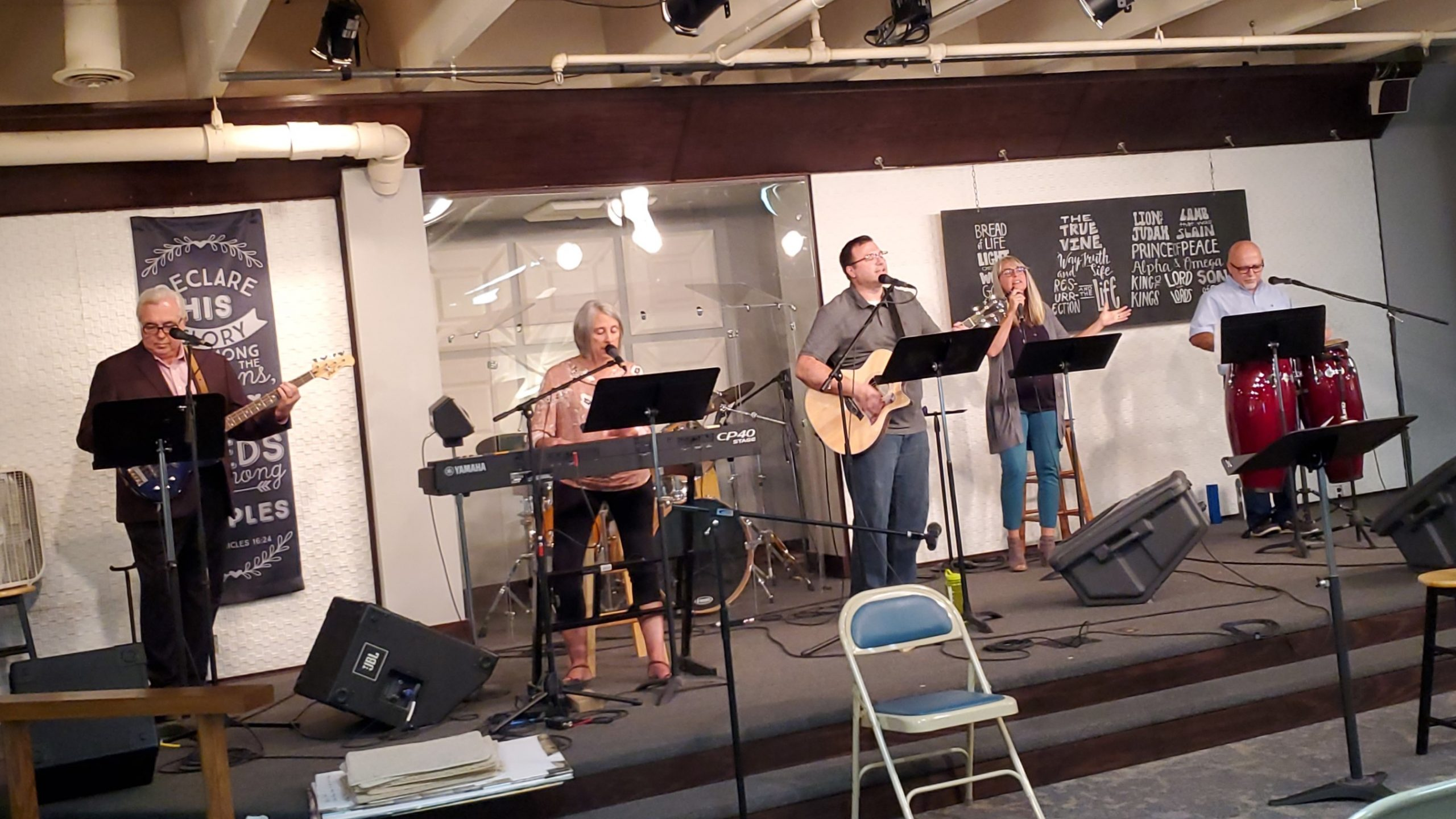 091220 Worship team (2)
